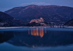 Castel di Tora (Andrea Rizzi photo) Tags: lake sunset winter italia italy water mountain landscape landscapephotography nature naturephotography cityscape canon canoneos canonphotographer photography canon6d tamron longexposure flickr paesaggio borghi picture colors colours