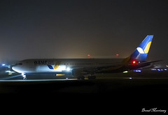 Azur Air Ukraine 767-300(ER) UR-AZD (birrlad) Tags: shannon snn international airport ireland aircraft aviation airplane airplanes airline airliner airlines airways taxi taxiway takeoff departing departure runway night photography dark boeing b767 b763 767 767300er 76733aer urazd azur air ukraine qu4489 fuelstop