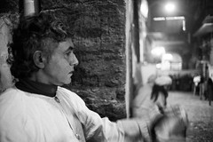 (So Exciting, When I Hear Your Velvet Thunder) (Robbie McIntosh) Tags: leicam9p leica m9p rangefinder streetphotography 35mm leicam summicron leicasummicron35mmf20iv blackandwhite bw biancoenero bn monochrome summicron35mmf20iv autaut napoli vicomelofioccolo presepevivente pulcinella