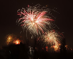 Celebrating the new year in The Hague (Shahrazad26) Tags: vuurwerk fireworks feuerwerk feuxdartifice nieuwjaar oudennieuw newyear neuesjahr nouvelleannée denhaag thehague sgravenhage lahaye nederland holland thenetherlands paysbas zuidholland