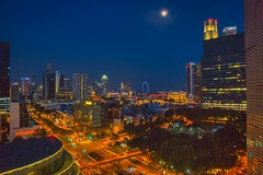 Singapore city view at night (UweBKK (α 77 on )) Tags: sky blue night moon city view cityscape urban lights building chinatown singapore southeast asia sony alpha 77 slt dslr