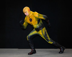 Reverse Flash on the run - photo by the fantastic photographer Big George (Sconderson Cosplay) Tags: melbourne supanova cosplay big george showgrounds 2019 saturday reverse flash eobard thawne arrowverse dc comics supervillian cw bouncelight photography