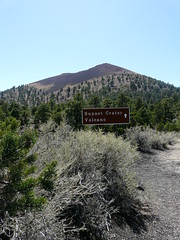 Sunset Crater Volcano (jb10okie) Tags: sunsetcrater sunsetcraternationalmonument sunsetcratervolcano sunsetcratervolcanonationalmonument arizona america vacation volcano travel trip spring 2018 nps nationalmonuments