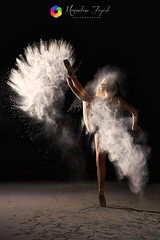 Powder Dance (Massimo Fagioli) Tags: powder dance farina ballo woman black air