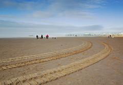 a perfect day on st annes beach (john_snowdon) Tags: lythamstannes fylde lancashire england beach coast dogwalkers pier january 2019 redanorak people
