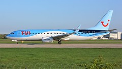 G-TAWM (AnDyMHoLdEn) Tags: thomson tui 737 egcc airport manchester manchesterairport 23l