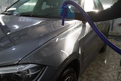 IMG_1462 (Blongman) Tags: auto car vl japan bmw toyota x6m carwash wash water russia 7d