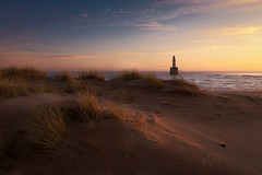 Sand & Lighthouse (Bohumil Daňa) Tags: scotland visitscotland lighthouse sunrise sea seascape sand canon photography landscape rattray head grass