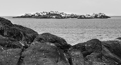 IMG_2326-1 (Andre56154) Tags: schweden sweden sverige küste coast wasser water himmel sky meer ozean ocean insel island ort village
