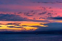 Pastel sky (L@nce (ランス)) Tags: sunset clouds ocean pacific salishsea juandefuca ship freighter