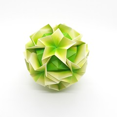 Argentum Kusudama De Maria Sinayskaya. (Jonicley Macedo) Tags: mariasinayskaya origamimodular origami kusudama