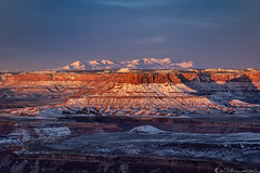Orange Cliffs and the Henrys (Bill Bowman) Tags: sunrise henrymountains canyonlands canyonlandsnationalpark mazedistrict whiterim orangecliffs winter snow