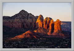 Teapot (Virtual Reality in film) Tags: sedona sunset afternoon sandstone rocks mountains summit butte goldenhour