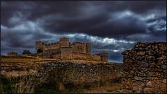 TORMENTA EN EL CASTILLO - STORM IN THE CASTLE (FEMCUA) Tags: felizmartesdenubes martesdenubes nwncloudstuesday nwn clouds happycloudtuesday hilosdenubes cloudthreads martedidinuvole nuvole nubes castillo soria castillossorianos