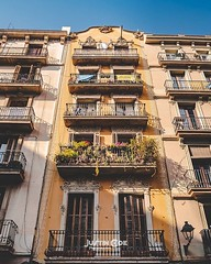 Throughout Barcelona city the homes are tall apartment blocks, some with very beautiful decor and colourful paints. · · · · · #barcelonalife #traveller #barcelonaexperience #barcelona_world #photooftheday #barcelona_turisme #barcelonalovers #photography # (justin.photo.coe) Tags: ifttt instagram throughout barcelona city homes tall apartment blocks some with very beautiful decor colourful paints · barcelonalife traveller barcelonaexperience barcelonaworld photooftheday barcelonaturisme barcelonalovers photography travelling travelblogger traveling barcelonagram barcelonacity travelphotography visitbarcelona bcn travel igersbarcelona catalunya spain barcelonainspira instatravel travelgram wanderlust travelblog traveler travels justinphotocoe