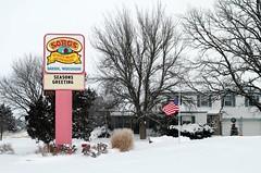 Sorg's Quality Meats and Sausages - Darien, Wisconsin (Cragin Spring) Tags: wisconsin wi rural unitedstates usa unitedstatesofamerica snow winter sorgsqualitymeatsandsausages sorgs meat sausage sign store meatmarket butcher darien darienwi darienwisconsin