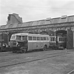 Funny looking yokes (National Library of Ireland on The Commons) Tags: jamespo'dea o'deaphotographiccollection nationallibraryofireland railbus greatnorthernrailways rollingstock ireland engineeringworks inchicore dublin ulster ulstertransportmuseum cultra railbuses