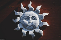 Always Sunny! (BGDL) Tags: lightroomcc nikond7000 nikkor55200mmf4556g bgdl sunshine gardendecoration roundandround week15 weeklytheme flickrlounge