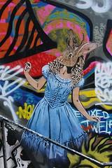 Adey_0494 boulevard du Général Jean Simon Paris 13 (meuh1246) Tags: streetart paris boulevarddugénéraljeansimon paris13 animaux adey adelineyvetot lapin aliceaupaysdesmerveilles