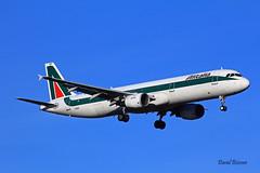 Airbus A321 ~ I-BIXP  Alitalia (Aero.passion DBC-1) Tags: spotting cdg 2013 dbc1 david aeropassion biscove aviation airport roissy aircraft avion plane airlines airliner airbus a321 ~ ibixp alitalia