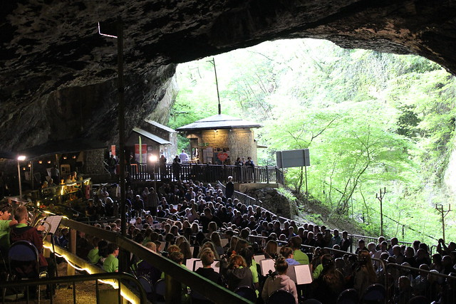 Performance in Peak Cavern
