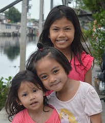 pretty sisters with friend (the foreign photographer - ฝรั่งถ่) Tags: pretty sisters friend khlong lard phrao portraits bangkhen bangkok thailand nikon d3200