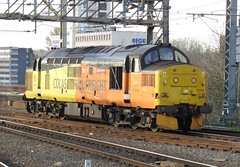 37219 COLAS RAILFREIGHT on 15:48 Derby R.T.C. - Crewe Bas Hall S.S.M. at Stockport 13/04/2019 (37686) Tags: 37219 colas railfreight 1548 derby rtc crewe bas hall ssm stockport with triple tones 13042019
