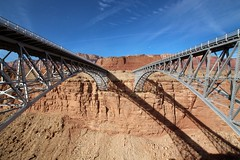 New and Old Navajo Bridges (Coconino County, Arizona) (cmh2315fl) Tags: historicbridge archbridge steeldeckarch deckarchbridge spandrelbraceddeckarch kansascitystructuralsteelcompany ushwy89a us89a hwy89a navajobridge coloradoriver glencanyonnationalrecreationarea coconinocounty arizona nrhp nationalregisterofhistoricplaces haer historicamericanengineeringrecord asce ascelandmark civilengineeringlandmark