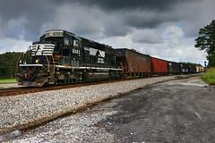 NS G39 (Steve Hardin) Tags: engine locomotive standardcab emd sd402 norfolksouthern railway railroad railfan manifest freight train seney georgia junction