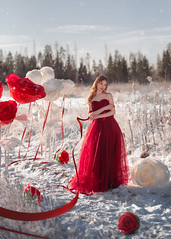 Valya (juliabuk) Tags: art artphoto people nikon nikond750 moscow russia girl mood winter weather photo photograph photography photoshop photooftheday rose roses amazing face beautiful portrait makeup 50mm 50mm14d 50mm14