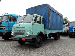 OM Lupetto 25 (Actros1857LS) Tags: om lupetto 25 camion trucks truck lkw oldtimer epoca autocarro