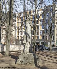 Berlin, Kunst (bleibend) Tags: 2019 em5 leicadgsummilux25mmf14 omd berlin kulturgut kunst m43 mft olympus olympusem5 olympusomd