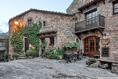El Celler de Mura (Catalonia) (Marc G.C.) Tags: mura medieval town stone houses store shop sunrise old antique ancient dawn daybreak morning bages santllorençdelmuntil'ob street city catalunya catalonia spain barcelona cataloniaspain santllorençdelmuntil'obac