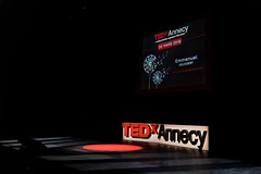 Scène Bonlieu - TEDxAnnecy 2019 - Photo de Laurence PM (TEDxAnnecy) Tags: tedx tedxannecy tedxtalk tedxtalks annecy tedxannecy2019 événement event speaker conference curiosité france tedxfrance ideasworthspreading idea ideas idée idées demain à en français la pour