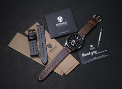 Bought new strap for my Galaxy watch. (Andy @ Pang Ket Vui ( shootx2 )) Tags: nomadwatchworksmy leather strap samsung galaxy watch 22mm 46mm premier premium vintage oil waxed brown