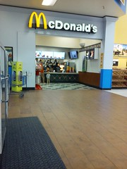 McDonald's #28575 Williamsburg, VA (Coolcat4333) Tags: mcdonalds 28575 731 e rochambeau dr williamsburg va inside walmart 321
