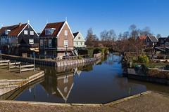 Marken (jan.vd.wolf) Tags: marken noordholland nederland nl woodenhouses netherlands vissersdorp fishingvillage water huizen houses