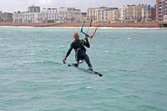 2018_08_15_0037 (EJ Bergin) Tags: sussex westsussex worthing beach seaside westworthing sea waves watersports kitesurfing kitesurfer seafront lewiscrathern