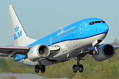 PH-BGH (AnDyMHoLdEn) Tags: klm 737 skyteam egcc airport manchester manchesterairport 23l