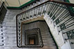 Dammtorhaus (Elbmaedchen) Tags: staircase stairwell stufen stairs upanddownstairs interior treppenauge treppenhaus unterwegsmitfotopetra beauty kontorhaus helix roundandround escalier treppenstufen steps abwärts spiral spirale architecture