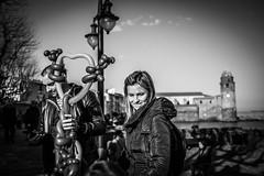 De Banyuls à Collioure (Solylock) Tags: 2018 février february portrait candid streetphotography rue street photography noir blanc black white nb bw monochrom monochrome collectif abisto collioure banyuls pyrénéesorientales pyrénées orientales méditéranées mer sea personnes people hommes femmes women men doc chien cross croix eglise church