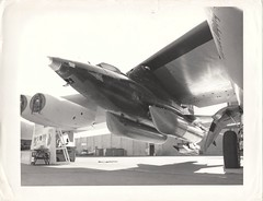 X15A2_v_bw_o_n (unnumbered, official USAF photo, ca. 1964) (apollo_4ever) Tags: enginenacelles enginenacelle intakecover wingpylon externaltanks externalpropellanttanks experimentalaircraft xplane peteknight pushingtheenvelope therightstuff rightstuff nasameatball bewareofblast usaf usafaircraft 566671 naa northamericanaviation boeingnb52a boeingcompany nb52a52003 mothership nb52a b52stratofortress stratofortress b52 x15a2 thehighandmightyone x15 nasa nasaaircraft hypersonic hypersonicflight hypersonicaircraft glossyphoto blackandwhite