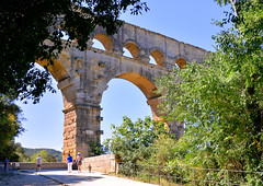 Le Pont du Gard (M McBey) Tags: pontdugard pont bridge gard roman aqueduct viaduct ancient france nimes unesco worldheritage nikon d7100