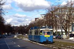 P-Solo 2005 in der Schlierseestraße zwischen den Haltestellen Werinherstraße und Giesing Bahnhof (Bild: Andy Paula) (Frederik Buchleitner) Tags: 2005 fahrschule liniee munich münchen psolo pwagen strasenbahn streetcar tram trambahn