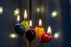 Corious candles (ipomar47) Tags: smileonsaturday curiouscandles vela candle llama flame globo balloon macro macrofotografia photomacrography macrography macrophotography closeup bokeh