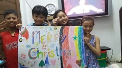 Merry Christmas (ghostgirl_Annver) Tags: asian merry christmas family presents teens kids child boy girl happyplanet asiafavorites