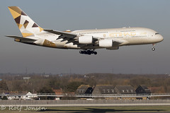 A6-APA Airbus A380 Etihad Heathrow airport EGLL 26.02-19 (rjonsen) Tags: plane airplane airacraft aviation dumbojet golden landing airside runway shadow