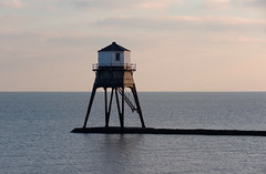 IMGP7072 (mattbuck4950) Tags: england unitedkingdom europe water sunset northsea january lighthouses essex harwich camerapentaxk70 lenssigma18300mm 2019 gbr