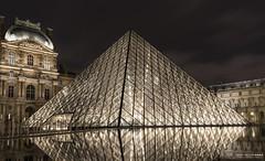 Louvre - Paris (Leonardo V Barbosa) Tags: paris louvre louvremuseum france frança europe europa museum museu