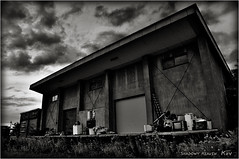 Decluttering... (SHADOWY HEAVEN) Tags: 08081870a0104 北海道 hokkaido 日本 ファインダー越しの私の世界 写真好きな人と繋がりたい 写真撮ってる人と繋がりたい 写真の奏でる私の世界 写真で伝えたい私の世界 coregraphy japan tokyocameraclub igers igersjp phosjapan picsjp 空 雲 モノクロ モノクローム モノクロ写真 白黒写真 bnwlife bnwdemand igersbnw noirshots monochrome mono monotone blackandwhite bw bnw blackwhite noiretblanc japaninbw blackwhitephotos